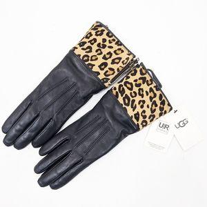 Ugg NEW Smart Leather Leopard Gloves Black Medium